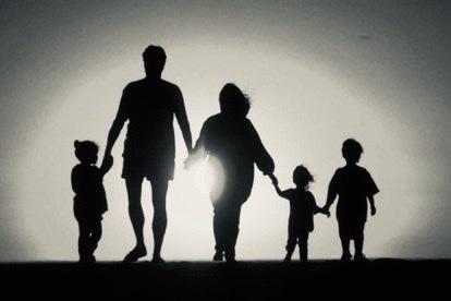 Radio Kỳ 444: Mẹ Ơi, Con Muốn Về Nhà!